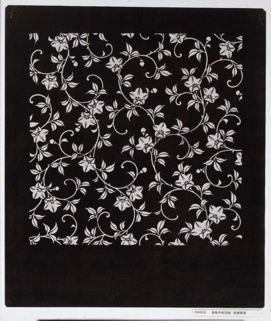 作品画像:長板中形型紙 桔梗唐草
