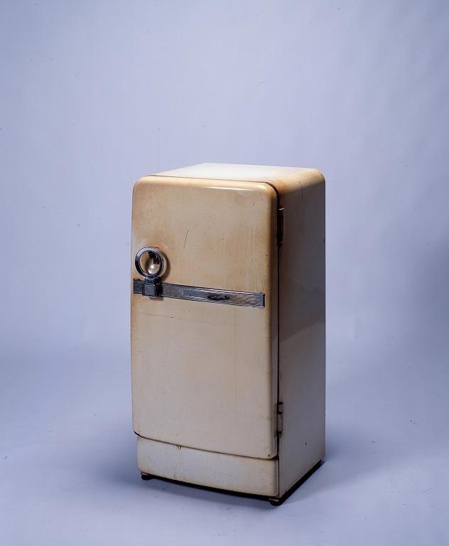 作品画像:電気冷蔵庫