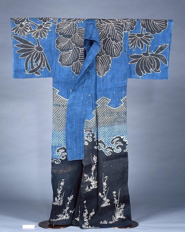 作品画像:染分麻地菊模様被衣
