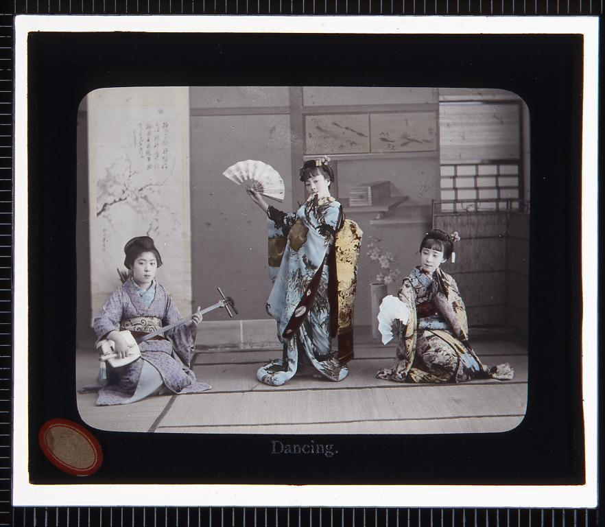 作品画像:芸事 三味線・舞踊(幻灯原板)