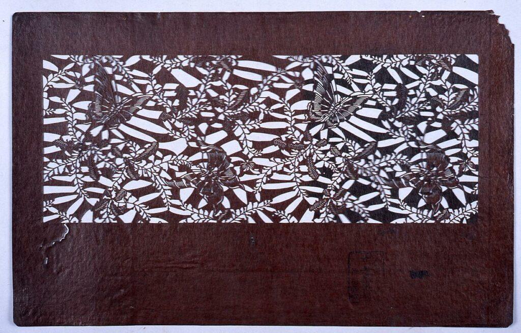 作品画像:長板中形型紙 藤に蝶 (小判 追掛)
