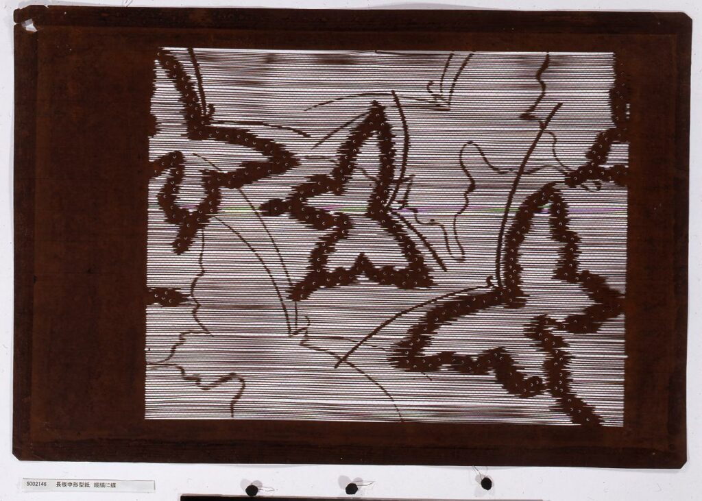 長板中形型紙 縦縞に蝶