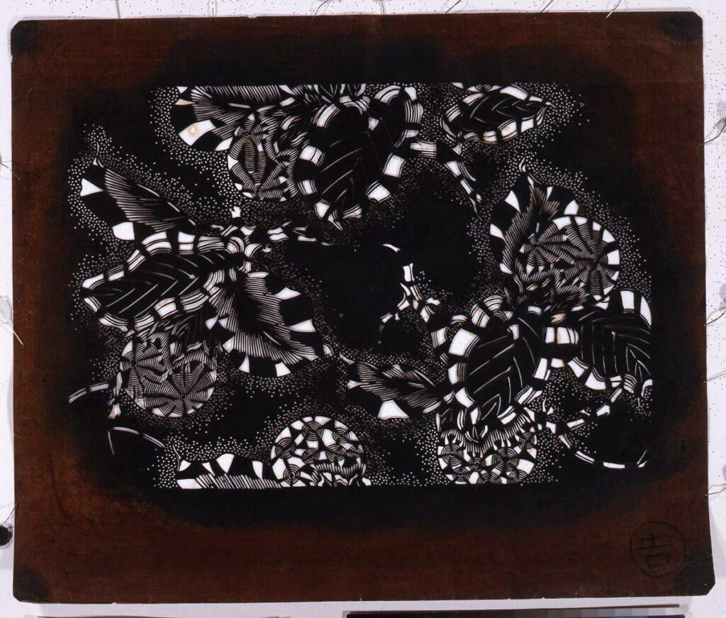 作品画像:長板中形型紙 柿(小判 追掛)