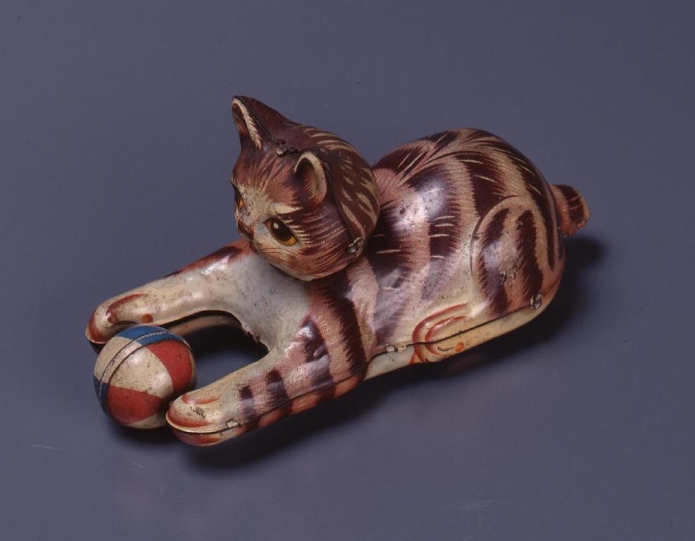 作品画像:ブリキのおもちゃ(猫)