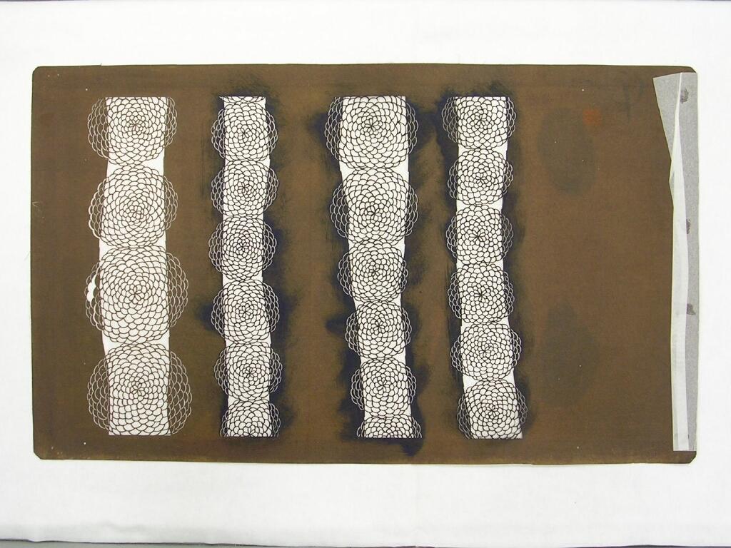 作品画像:長板中形型紙 大判糸入 変わり棒縞に菊