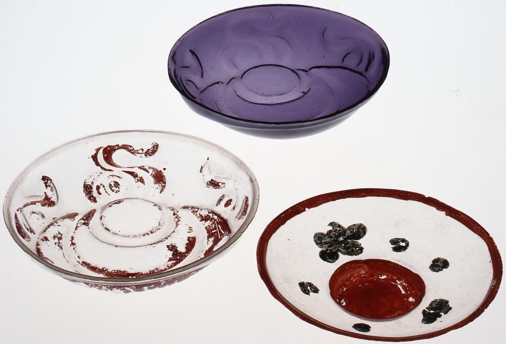 作品画像:宝珠浮文紫色盃