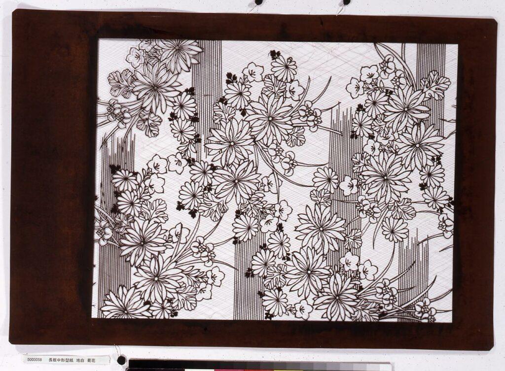 作品画像:長板中形型紙 地白 菊花