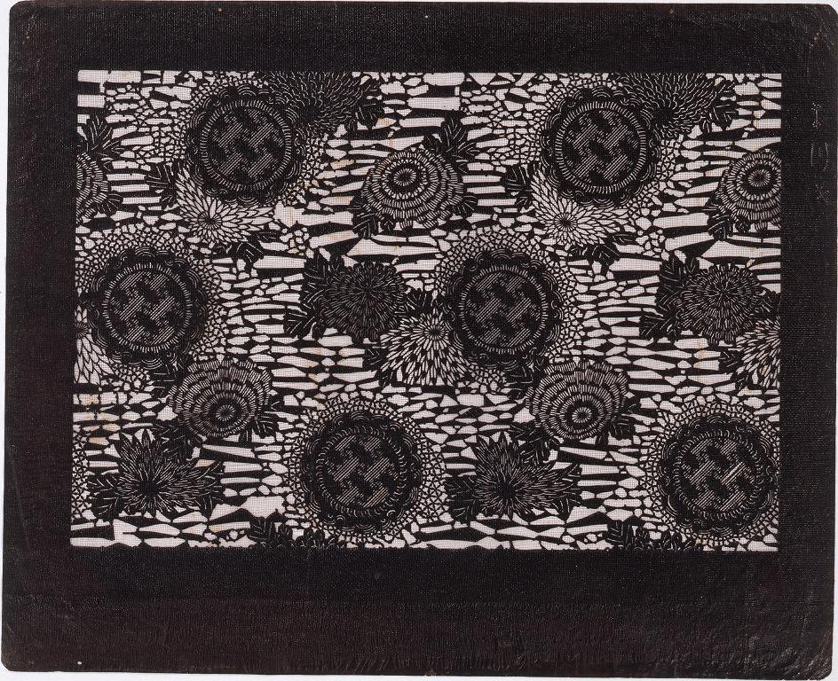作品画像:長板中形型紙 雪輪に菊 (小判 追掛)