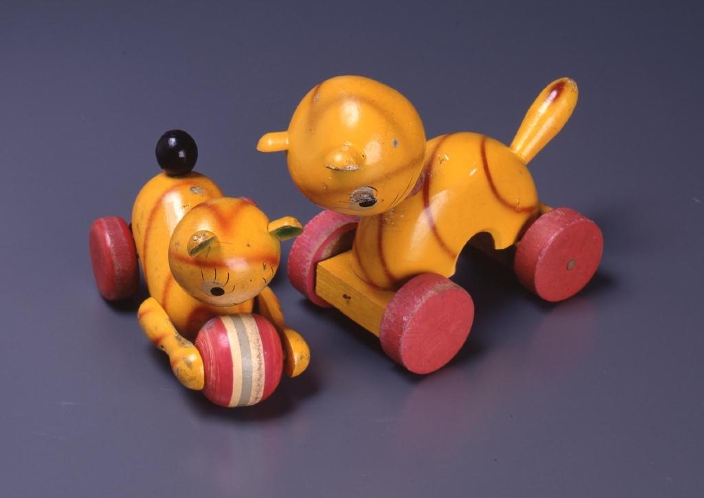作品画像:木製おもちゃ(猫)