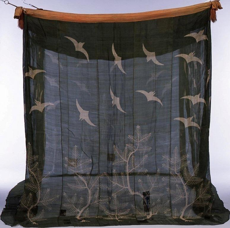 作品画像:松に千鳥模様蚊帳