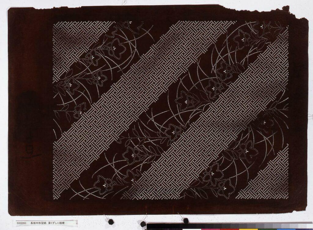 作品画像:長板中形型紙 算くずしに桔梗