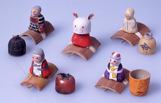 作品画像:ミニチュア玩具 とんだりはねたり うさぎ