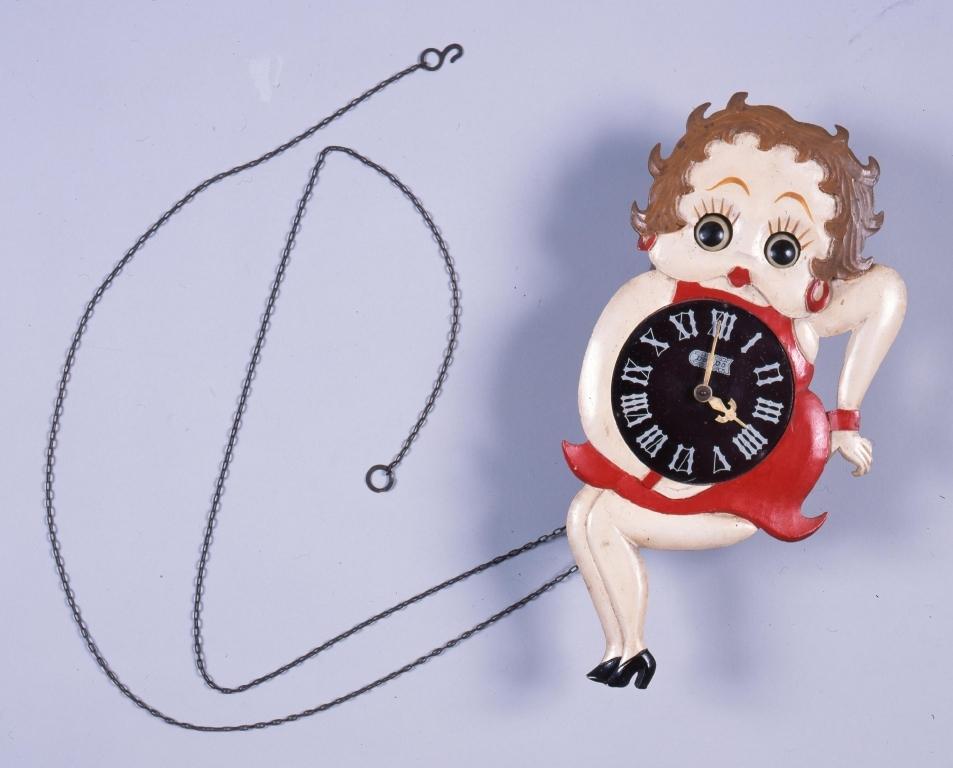 作品画像:ベティちゃん振り子時計