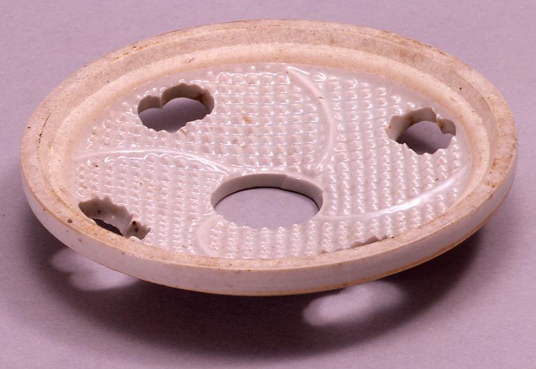 作品画像:陶製おろし器