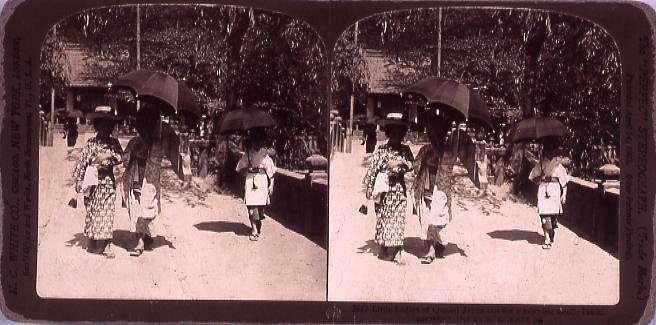 作品画像:Little Ladies of Quaint Japan out forA morning stroll,Tokio.3857