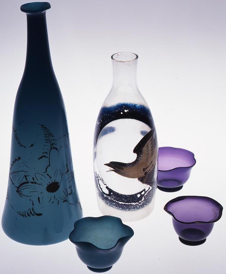 作品画像:紫色朝顔型宙吹き盃