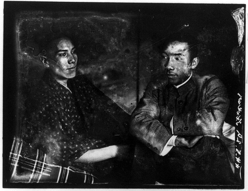 作品画像:2人の男性