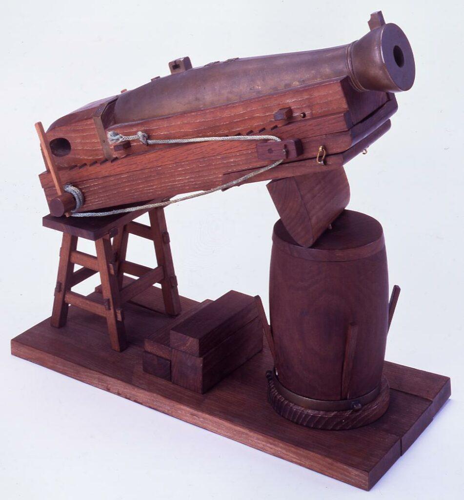 作品画像:大砲模型