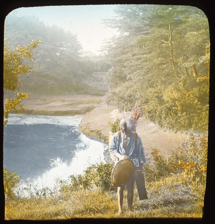 作品画像:薪を背負う老人