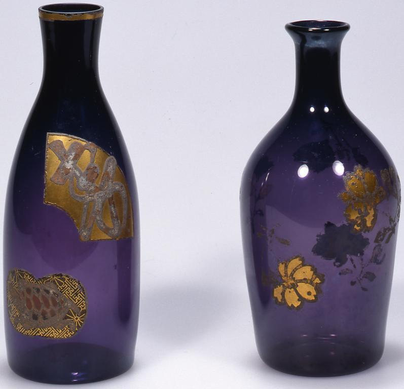 作品画像:紫色寿と亀絵入り徳利
