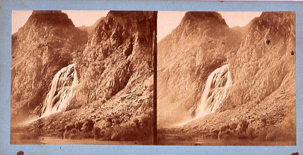 作品画像:外国製ステレオ写真 ヨーロッパ山岳地方の滝[スイス]