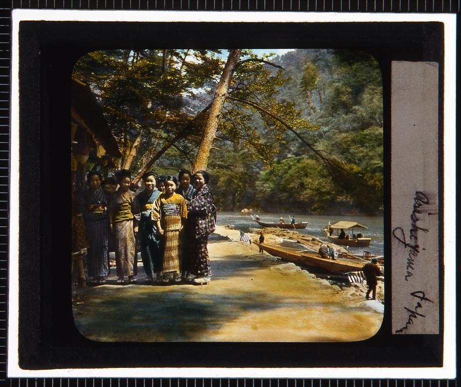 作品画像:京都 嵐山保津川渡船場(幻燈原板)