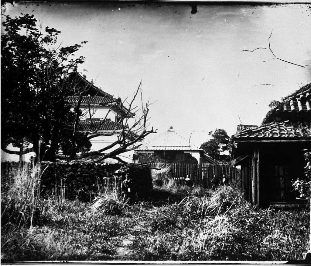 作品画像:旧江戸城写真ガラス原板 天守台西の番所より乾二重櫓方向