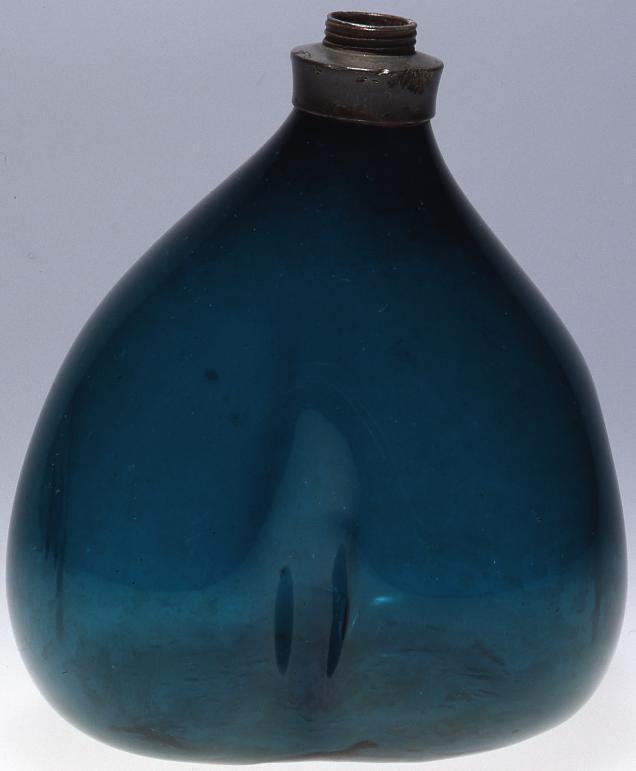 作品画像:青緑色割かぶら型瓶(錫口)