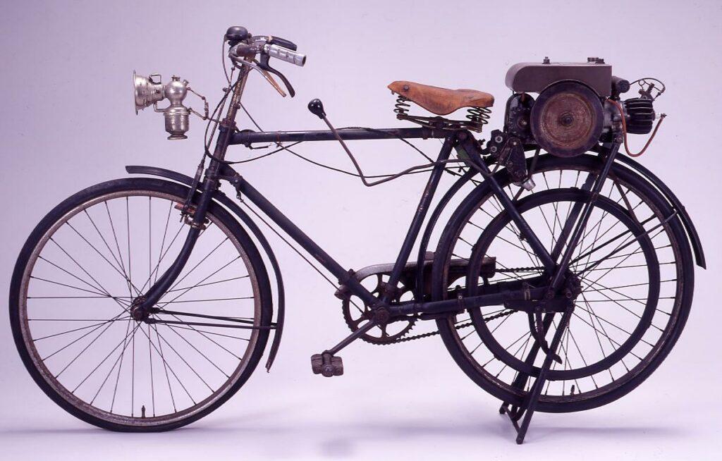 作品画像:エンジン付自転車