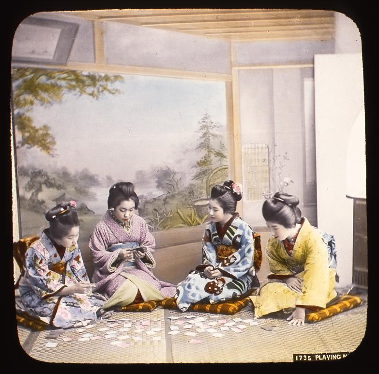 作品画像:かるた遊びをする少女たち