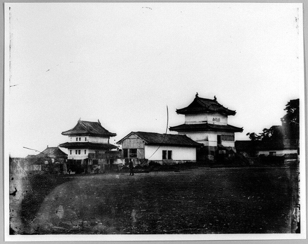 作品画像:旧江戸城写真ガラス原板 本丸書院二重櫓と重箱二重櫓