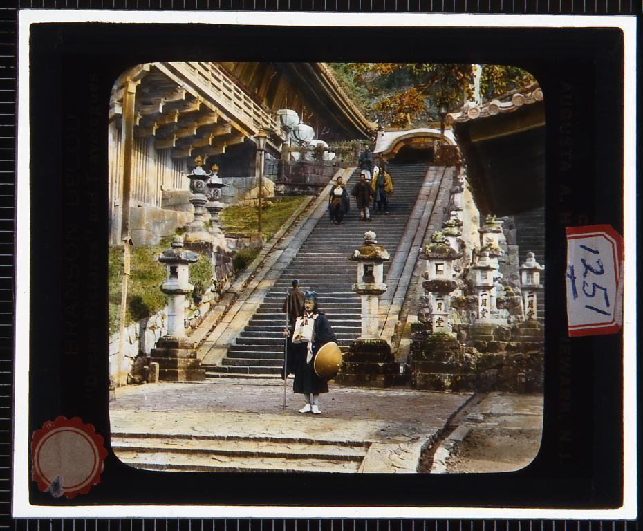 作品画像:奈良 二月堂(幻燈原板)