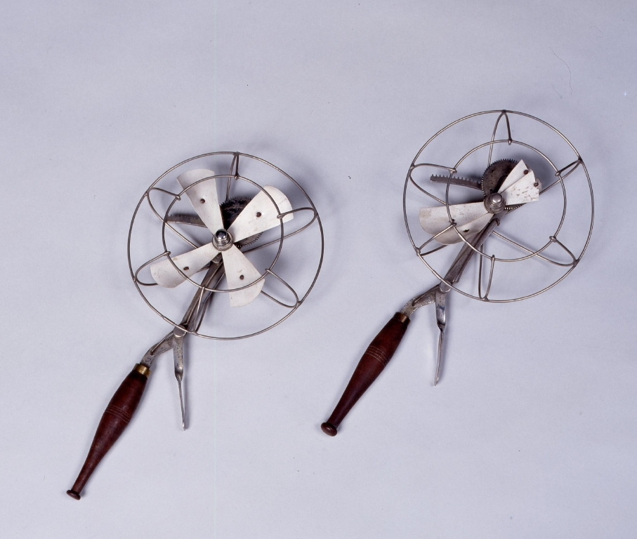 作品画像:携帯用扇風機