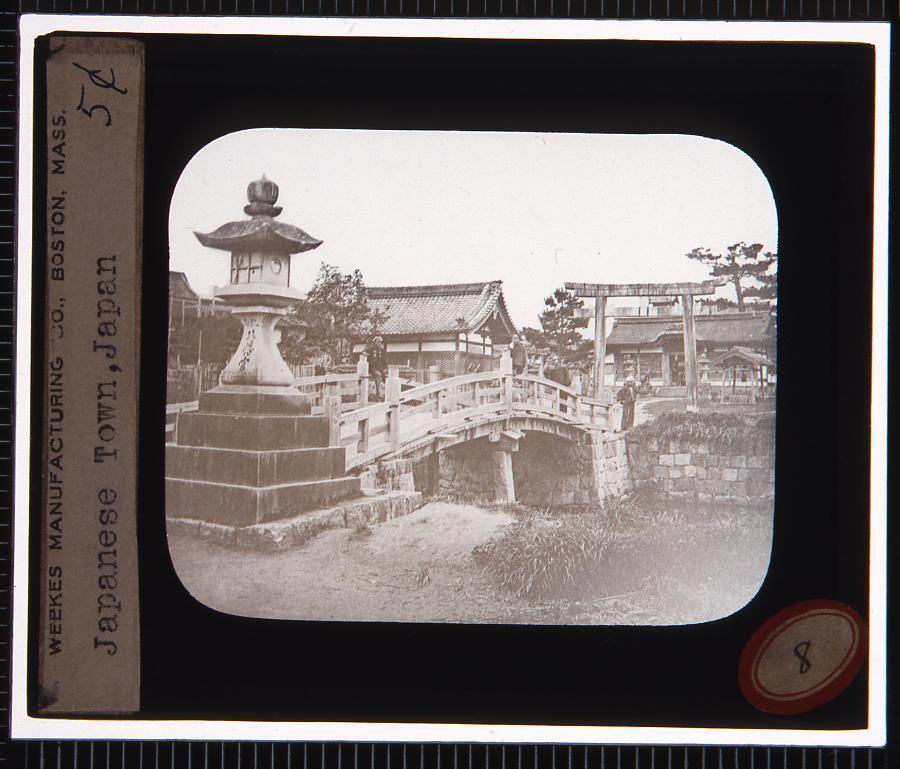 作品画像:神社(幻燈原板)