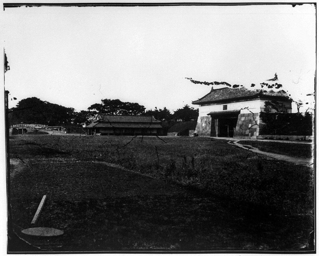 旧江戸城写真ガラス原板 呉服橋門(外側)