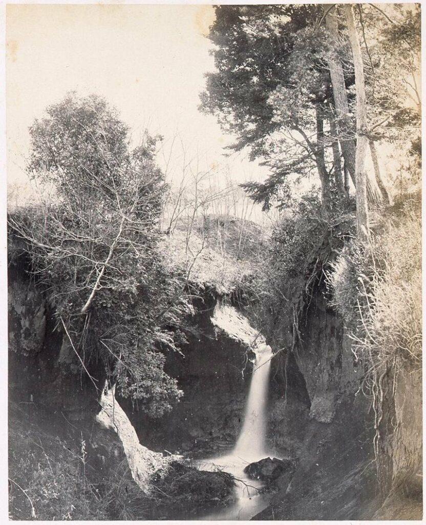作品画像:十二社の滝
